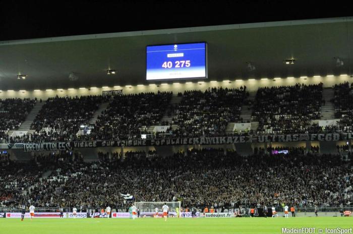 Nouveau Stade affluence