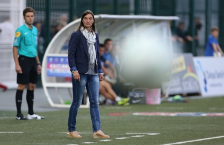 CHATEAUROUX, FRANCE - AUGUST 15: Corinne Diacre, first woman's coach in French professional football directs her team of Clermont Foot Auvergne (Clermont-Ferrand) during the french Ligue 2 match between La Berrichonne de Chateauroux and Clermont Foot Auvergne at Stade Gaston-Petit on August 15, 2014 in Chateauroux, France. (Photo by Jean Catuffe/Getty Images)